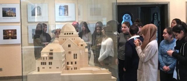 Exkursion zur alten Synagoge Essen