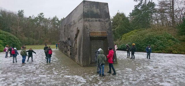 6.4 besucht die Gedenkstätte Bittermark